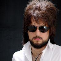 férfi hosszú haj